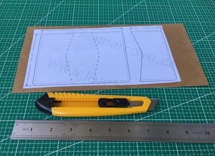making leather template (1)