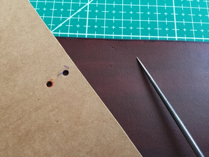 Make a Midori Traveler's Notebook (17)