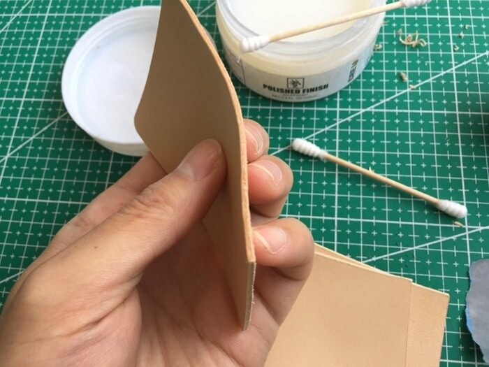 make a leather card holder (10)