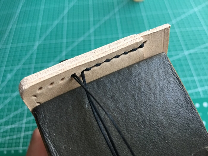 make a leather card holder (21)