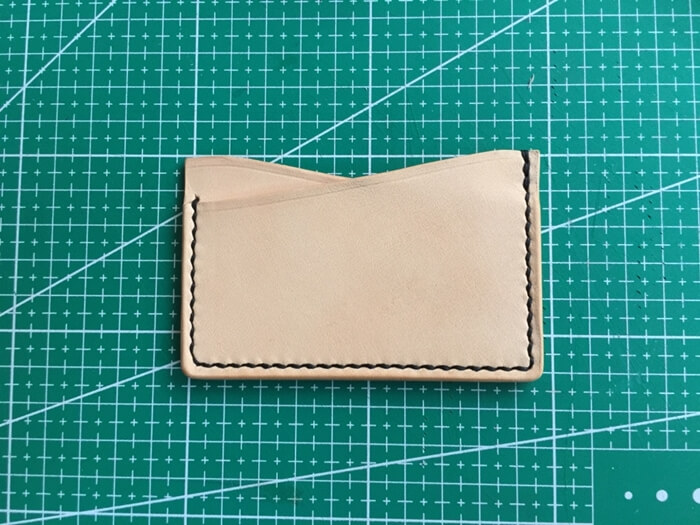 make a leather card holder (29)
