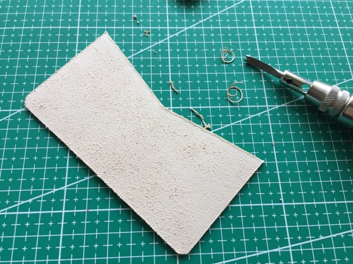 make a leather card wallet (14)