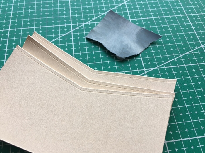 make a leather card wallet (16)