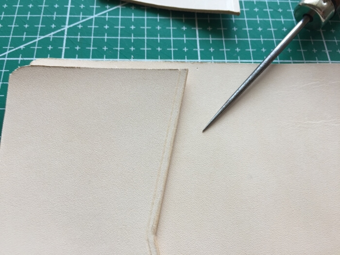 make a leather card wallet (23)
