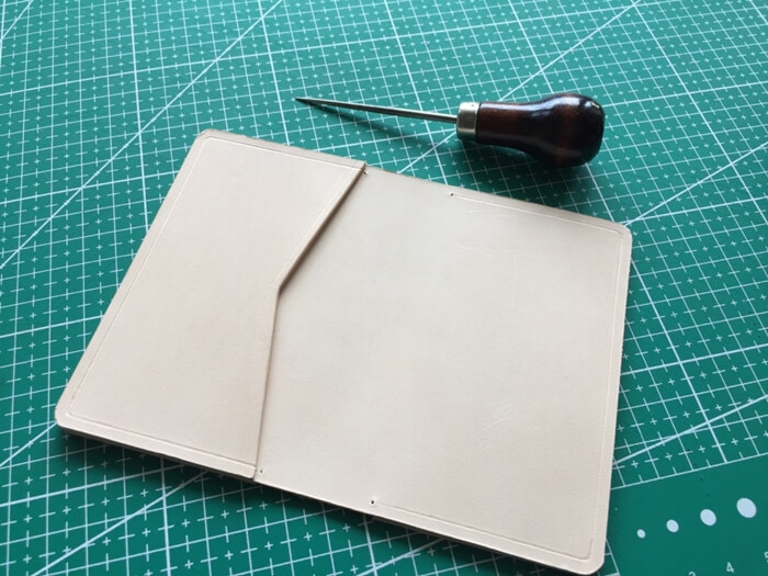 make a leather card wallet (34)