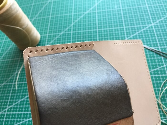 make a leather card wallet (47)