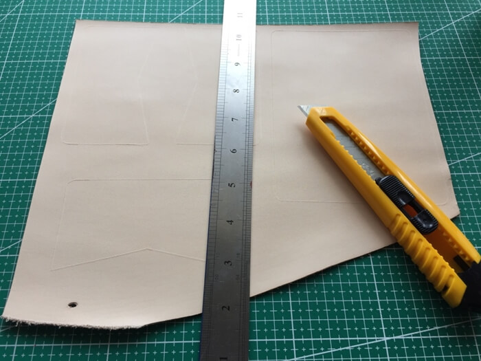 make a leather card wallet (5)