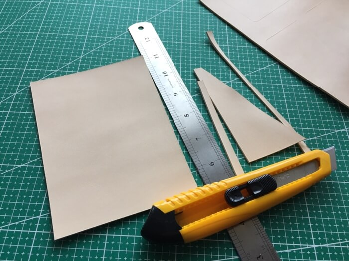 make a leather card wallet (6)