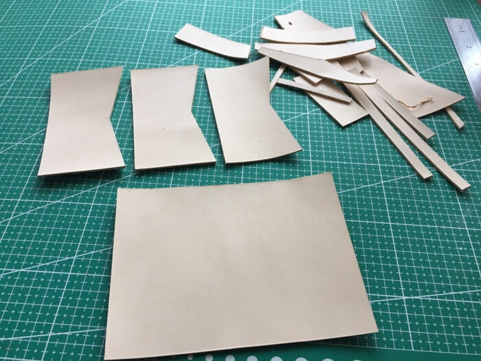 make a leather card wallet (7)