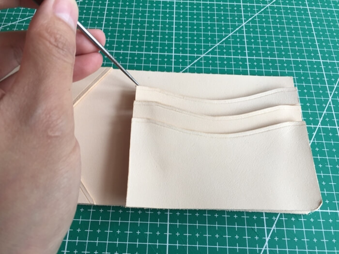 make a leather wallet (10)