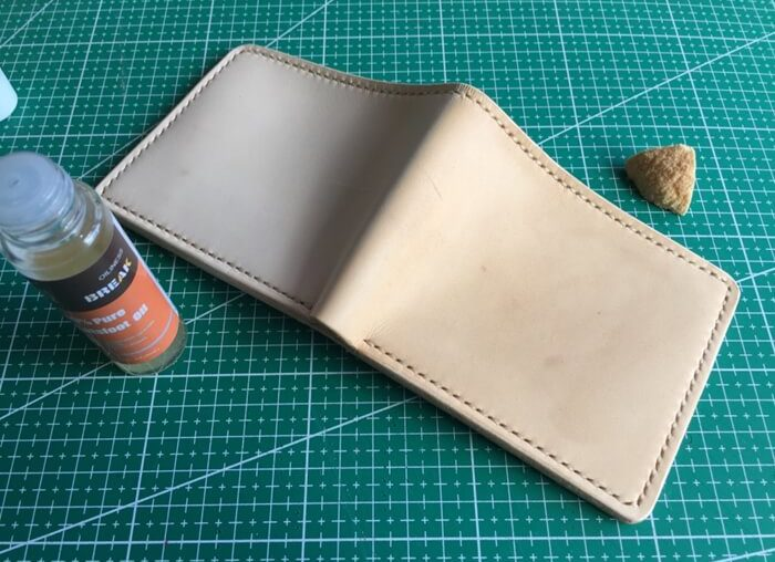 make a leather wallet (part 2) (6)